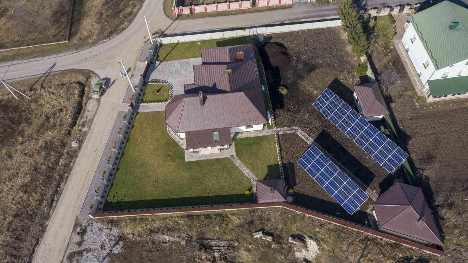 Мережева сонячна електростанція (СЕС) потужністю 20,7 кВт – Фотозвіт #1
