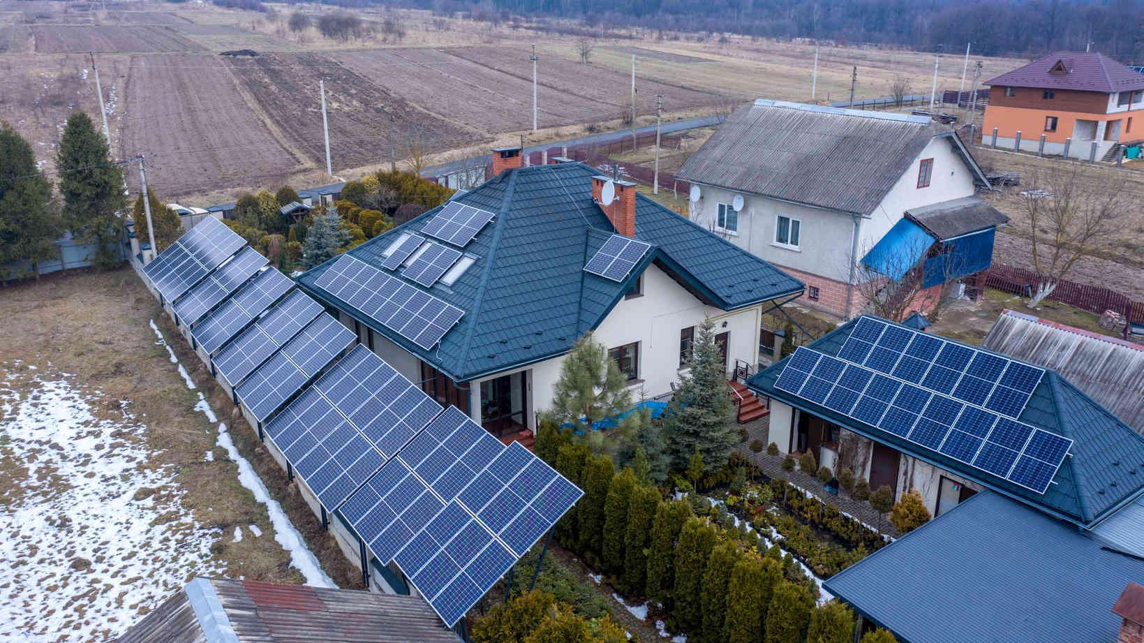 Мережева сонячна електростанція (СЕС) потужністю 33,68 кВт – Фотозвіт #1