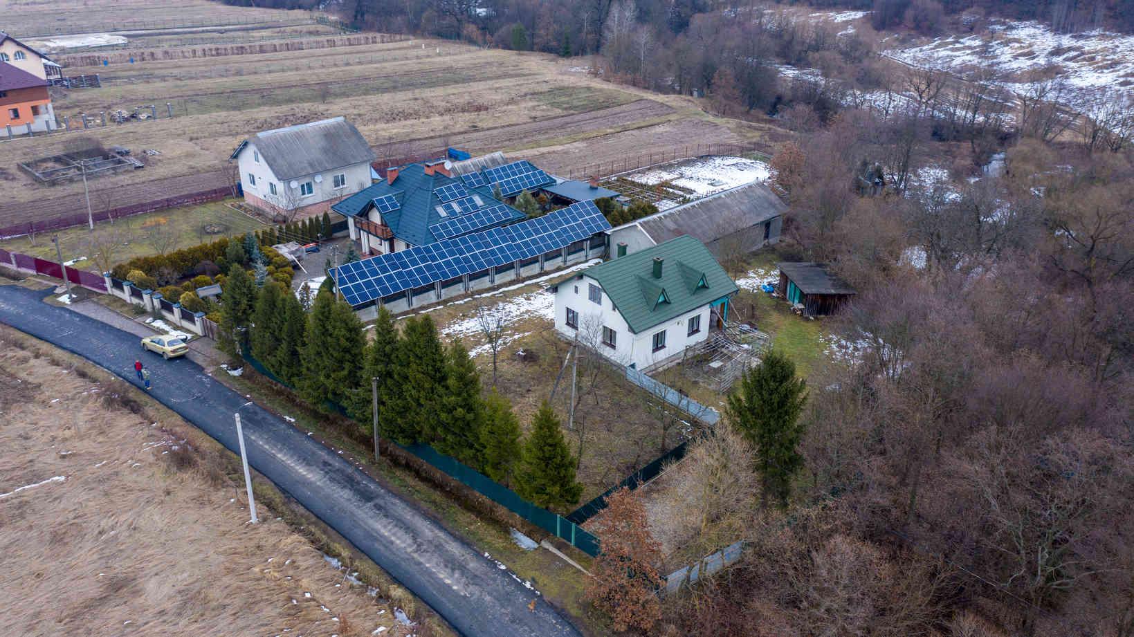Мережева сонячна електростанція (СЕС) потужністю 33,68 кВт – Фотозвіт #3